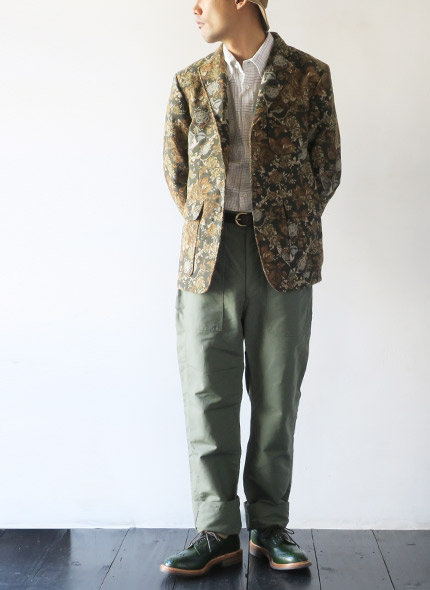 Engineered Garmentsのジャケットのモデル着用像